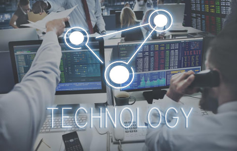 サーバーの仮想化とは?仮想化を支える技術とメリット、デメリットについて解説します